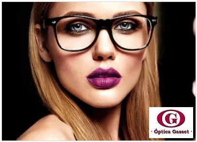 Trucos cuando llevas gafas, para brillar intensamente